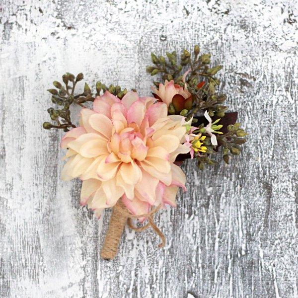 アーティフィシャルフラワー(造花)のバラとハーベストベリーのクラッチブーケ_airaka