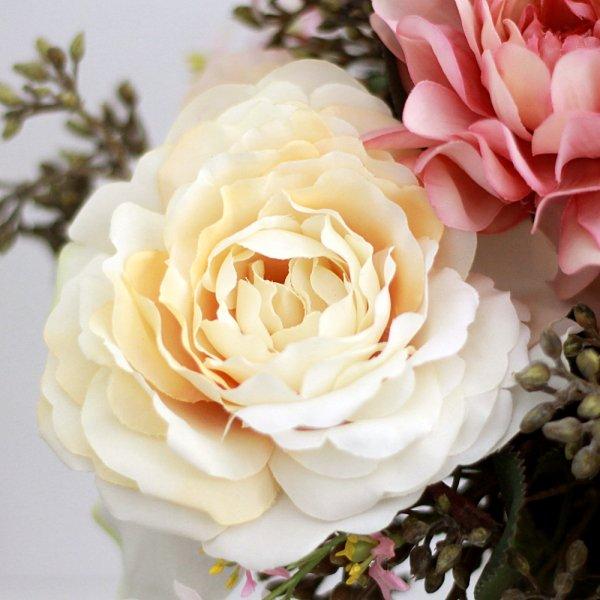 アーティフィシャルフラワー(造花)のバラとハーベストベリーのクラッチブーケ画像_airaka