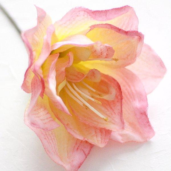 アーティフィシャルフラワー(造花)のアマリリスの髪飾り(ピンク)_airaka