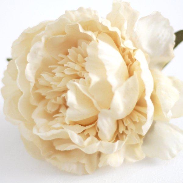 アーティフィシャルフラワー(造花)の芍薬の髪飾り(アンティークホワイト)画像_airaka