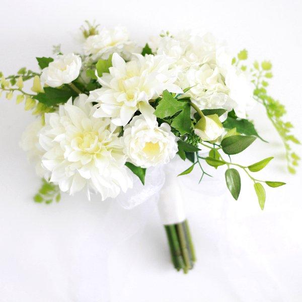 アーティフィシャルフラワー(造花)のダリアのクラッチブーケ(白)画像_airaka