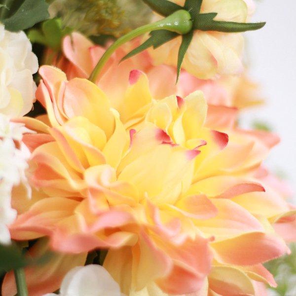 アーティフィシャルフラワー(造花)のダリアのクラッチブーケ(コーラル)画像_airaka