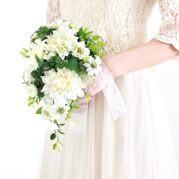 アーティフィシャルフラワー(造花)のダリアのティアドロップブーケ(白)_airaka