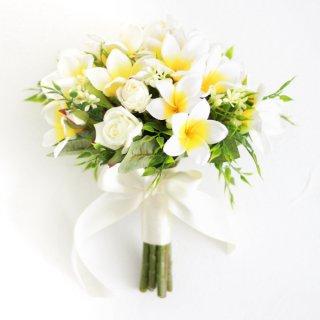 プルメリアのクラッチブーケと花冠のセット(白黄)画像_airaka
