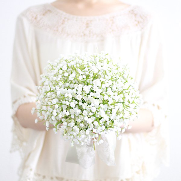 アーティフィシャルフラワー(造花)のかすみ草のクラッチブーケ_airaka