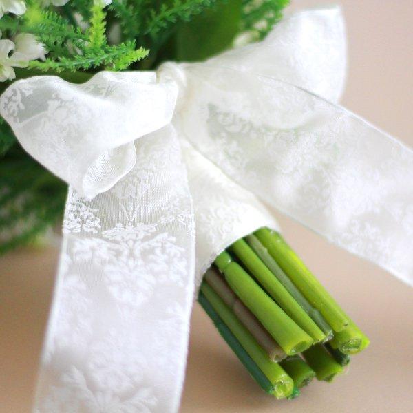 アーティフィシャルフラワー(造花)のすずらんのクラッチブーケと花冠のセット_airaka