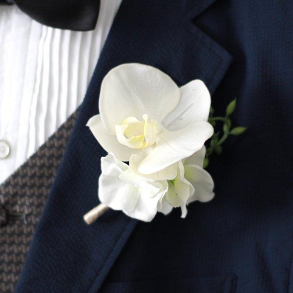 アーティフィシャルフラワー(造花)の胡蝶蘭のティアドロップブーケ(白)_airaka