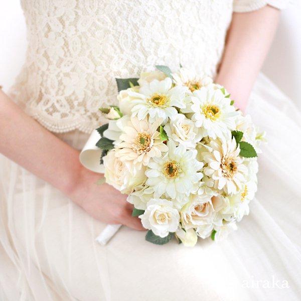 アーティフィシャルフラワー(造花)のガーベラのラウンドブーケ(白)画像_airaka