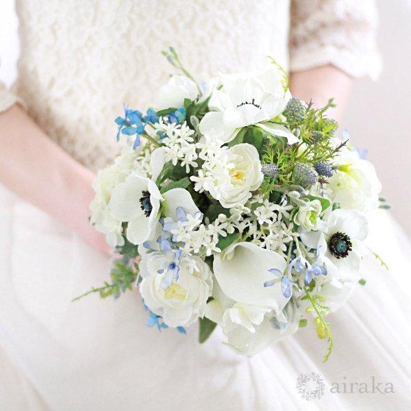 アーティフィシャルフラワー(造花)のブルースターのクラッチブーケと髪飾りのセット画像_airaka