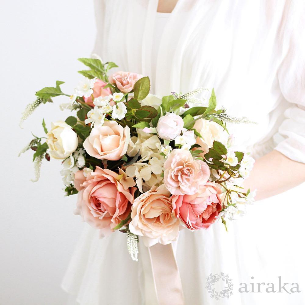 アーティフィシャルフラワー(造花)のフレンチローズのクラッチブーケ画像_airaka