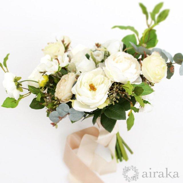 アーティフィシャルフラワー(造花)のケリーローズのクラッチブーケ画像_airaka