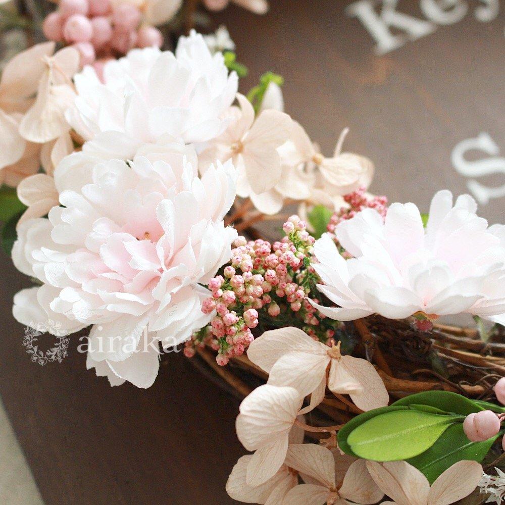 アーティフィシャルフラワー(造花)のウェルカムボード/リース付き木製ボード/チェリーブロッサム×ウォルナット画像_airaka