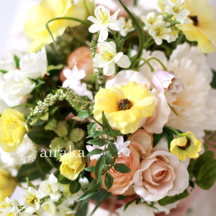 アーティフィシャルフラワー(造花)のクラッチブーケ/ブライトガーデン画像_airaka