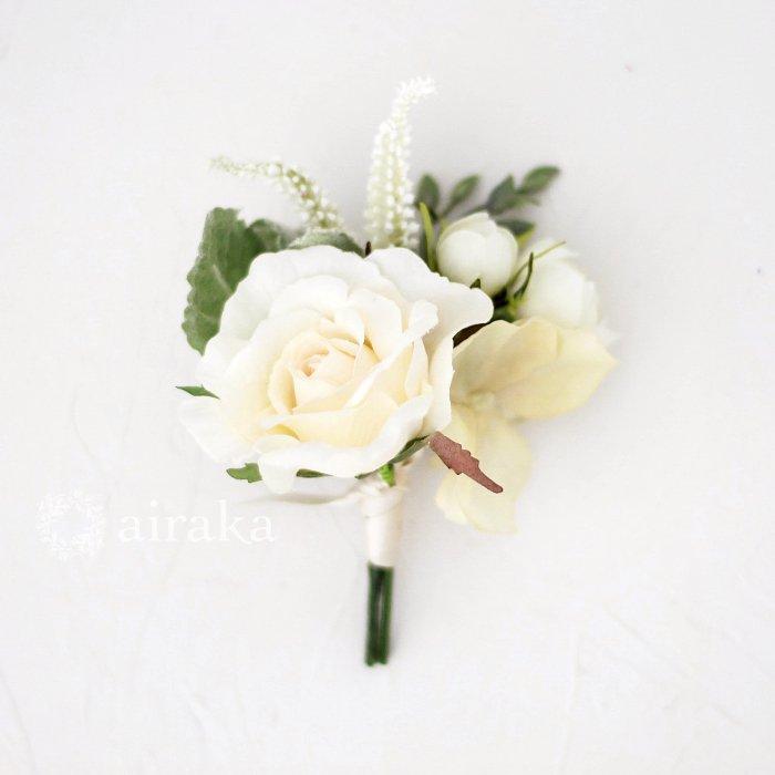 アーティフィシャルフラワー(造花)のクラッチブーケ/エクリュローズ画像_airaka