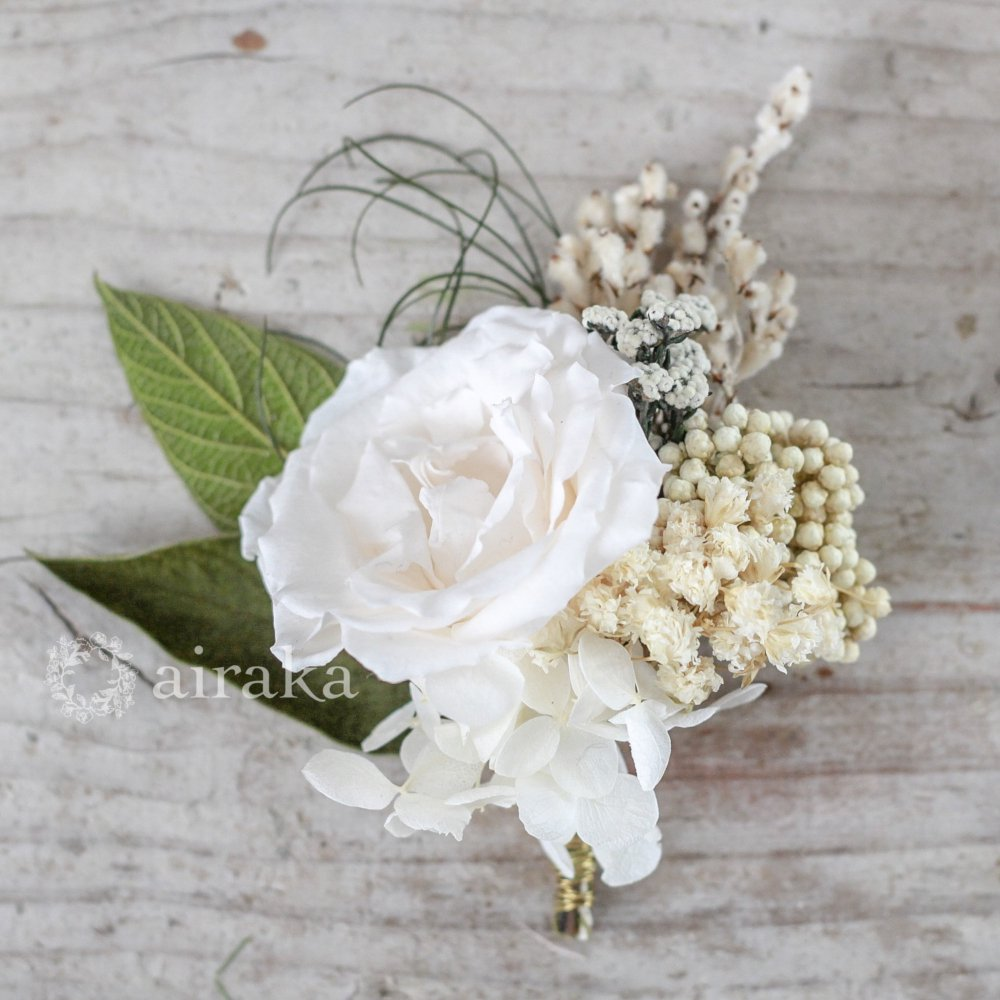 アーティフィシャルフラワー(造花)のコサージュ/フレンチローズ(白)画像_airaka