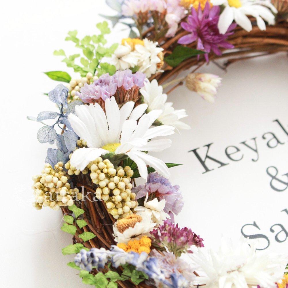アーティフィシャルフラワー(造花)のウェルカムボード/リース付き木製ボード/ハーバル×ホワイト画像_airaka