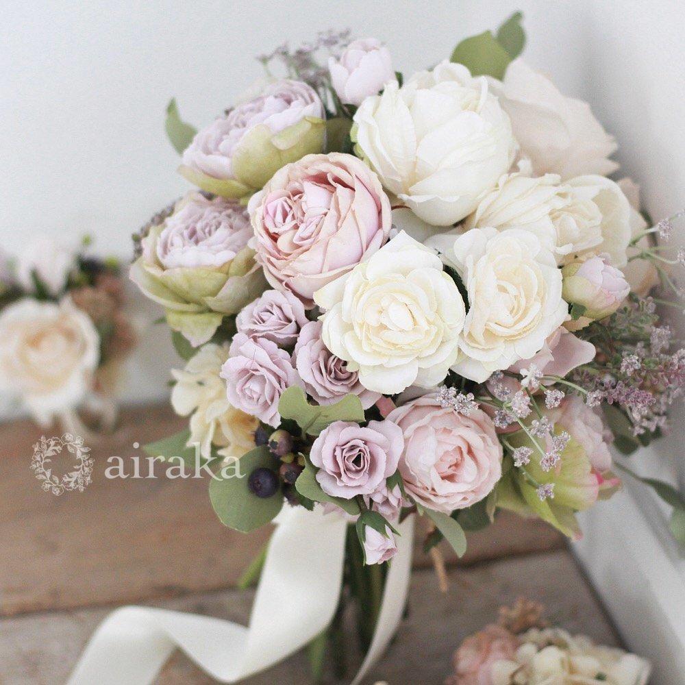 アーティフィシャルフラワー(造花)のクラッチブーケ/クリームラベンダー画像_airaka