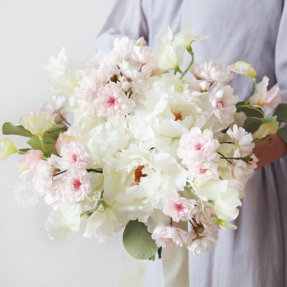 アーティフィシャルフラワー(造花)のクラッチブーケ/桜画像_airaka