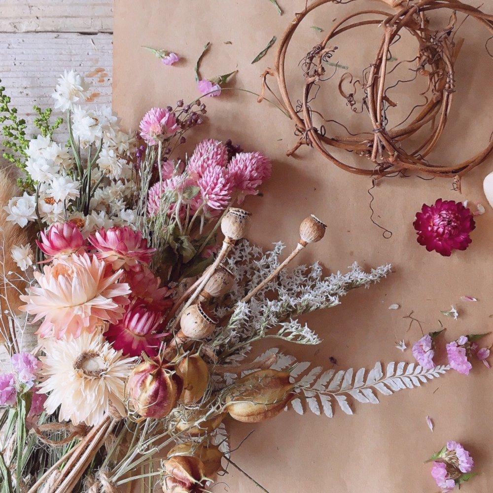 アーティフィシャルフラワー(造花)のホリデーフラワー<5/2〜3お届け>画像_airaka