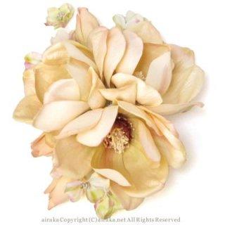 アーティフィシャルフラワー(造花)のマグノリアの髪飾り(クリーム)画像_airaka