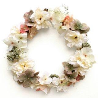 アーティフィシャルフラワー(造花)の紫陽花とデルフィニウムの花冠(クリーム)画像_airaka