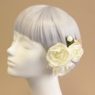 アーティフィシャルフラワー(造花)の椿の髪飾り(白)画像_airaka