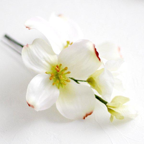 アーティフィシャルフラワー(造花)のマグノリアの髪飾り(白)画像_airaka