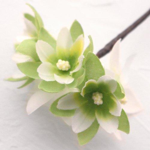 アーティフィシャルフラワー(造花)のフリルレンジアの髪飾り(ホワイトグリーン)画像_airaka