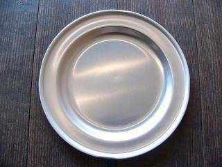 給食のアルミ皿