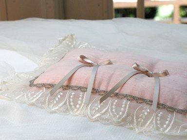ring pillow</p>ピンクリーフ