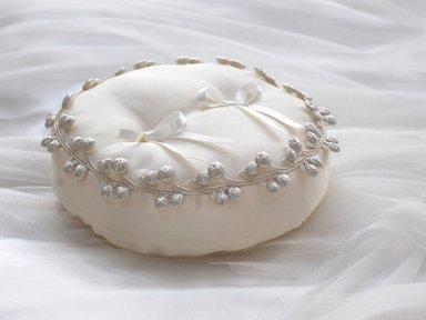 Ring pillow C</p>シルバーチェリー
