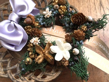 <img class='new_mark_img1' src='https://img.shop-pro.jp/img/new/icons48.gif' style='border:none;display:inline;margin:0px;padding:0px;width:auto;' />Christmas wreath 2</p>星
