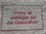 BBオリジナル ドイツ語タグ「健康が一番」 (ピンク)