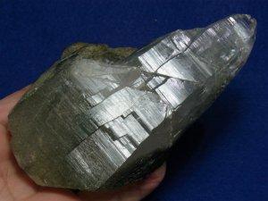 ガネーシュヒマール産 ヒマラヤ水晶 成長干渉によるツインソウル風トップ、クローライト、レコードキーパー、カテドラル