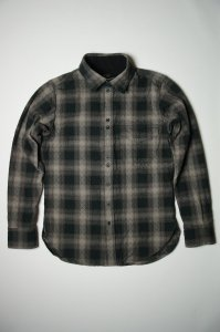 Amond  20s Enbroid Shirt(IM.BLACK)<img class='new_mark_img2' src='//img.shop-pro.jp/img/new/icons9.gif' style='border:none;display:inline;margin:0px;padding:0px;width:auto;' />