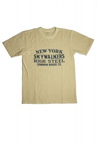 SKY WALKERS  Tシャツ(オフホワイト)<img class='new_mark_img2' src='//img.shop-pro.jp/img/new/icons9.gif' style='border:none;display:inline;margin:0px;padding:0px;width:auto;' />