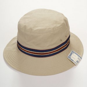 65 BUCKET HAT BEIGE<img class='new_mark_img2' src='https://img.shop-pro.jp/img/new/icons9.gif' style='border:none;display:inline;margin:0px;padding:0px;width:auto;' />