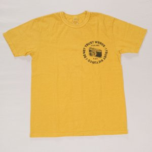 CAMERA Tシャツ イエロー<img class='new_mark_img2' src='https://img.shop-pro.jp/img/new/icons9.gif' style='border:none;display:inline;margin:0px;padding:0px;width:auto;' />