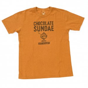652108 CHOCOLATE SUNDAE Tシャツ カーキ<img class='new_mark_img2' src='https://img.shop-pro.jp/img/new/icons9.gif' style='border:none;display:inline;margin:0px;padding:0px;width:auto;' />