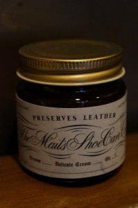 The MAIL's Shoe care Co  Shoe oil
