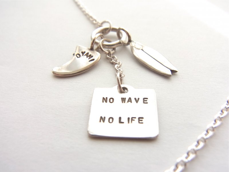 【DYANI】(ディアニ) NO WAVE NO LIFE 3Charms Necklace