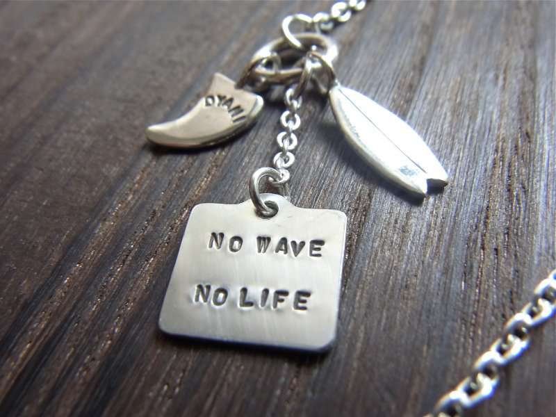 【DYANI】(ディアニ)  NO WAVE NO LIFE 3Charms Bracelet