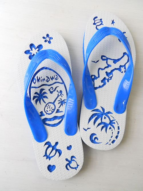 <img class='new_mark_img1' src='//img.shop-pro.jp/img/new/icons48.gif' style='border:none;display:inline;margin:0px;padding:0px;width:auto;' />JUNNO slippers okinawa青|南国島草履