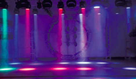 ムービングウォッシュ(ZOOM機能搭載!)■OSRAM RGBW 4-in-1 LED■