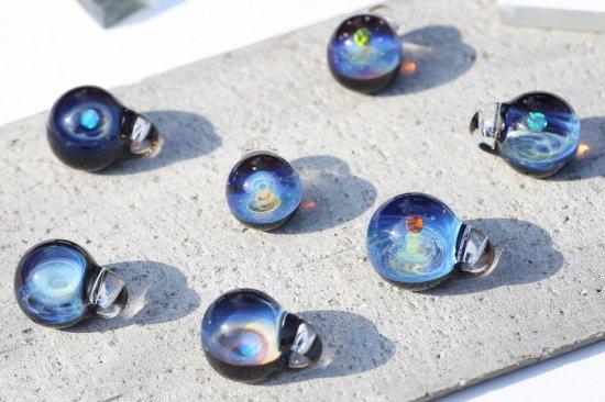 ガラスアーティスト奥村武久 手のひらの小宇宙