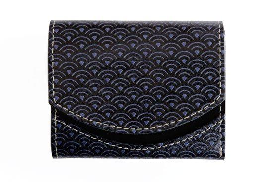 小さい財布 小さいふ。日本の伝統紋様+栃木レザーシリーズ「ペケーニョ 青海波」黒