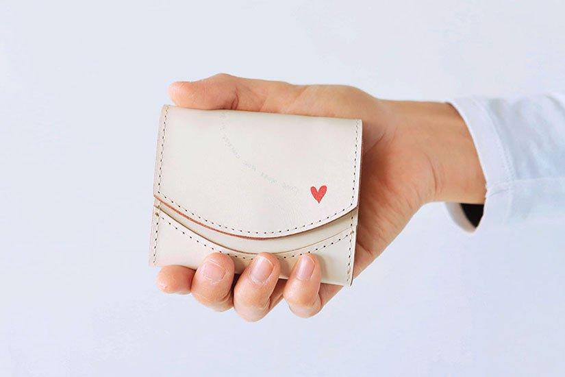 小さい財布 小さいふ。アニバーサリー記念日シリーズ「ペケーニョ ホワイトデー ホワイトハート」栃木レザー白