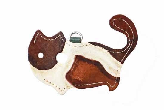 「ジラフブラウン」限定カラー【猫グッズ・本革レザー】猫のかたちをしたリップクリームケース