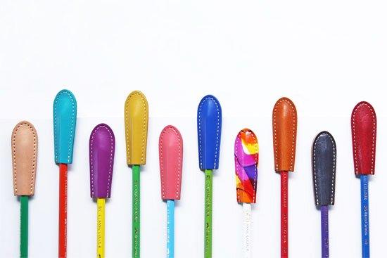 【本革製のレザー文具】革の鉛筆キャップ 【定番カラー】日本製 クアトロガッツ