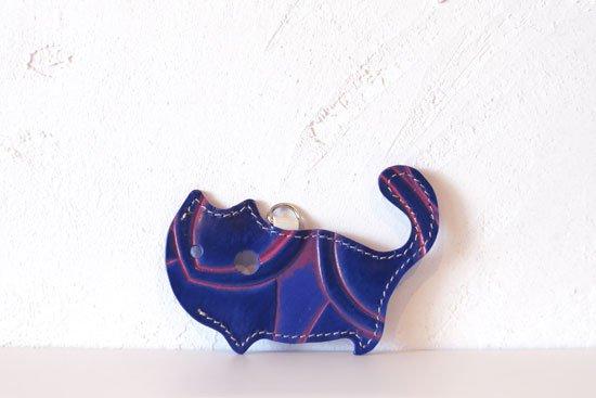 「アリス」限定カラー【猫グッズ・本革レザー】猫のかたちをしたリップクリームケース